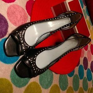 Etienne Aigner black leather heel shoes 8M